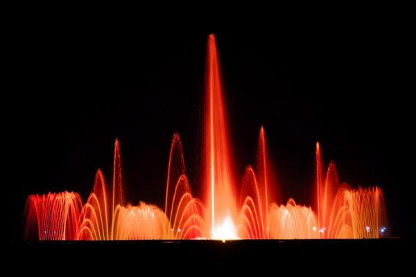 Dominici's Fontane Danzanti e giochi d'acqua - Dimensioni fontana danzante: 14 x 4m